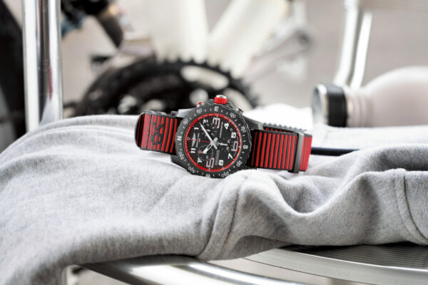 04 Endurance Pro with a red inner bezel and Outerknown ECONYL yarn NATO strap 2048x1365 1