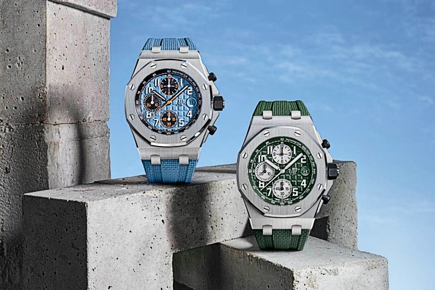 2 The two new 42mm Royal Oak Offshore Models with Mega Tapisserie dials 1 1