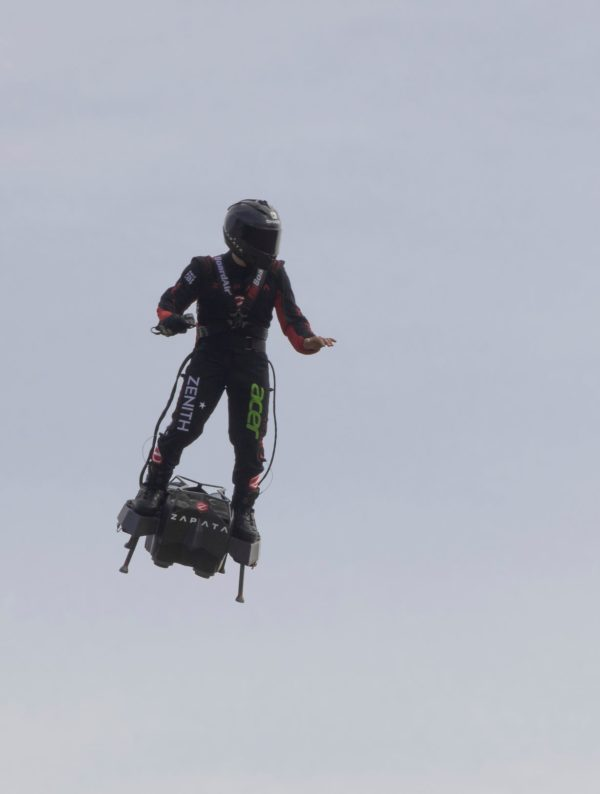 frenky zapata and his flying machine Flyboard Air