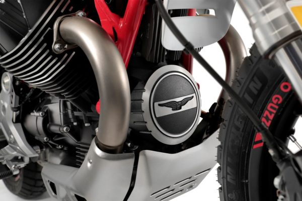 Moto Guzzi enduro motor klasika
