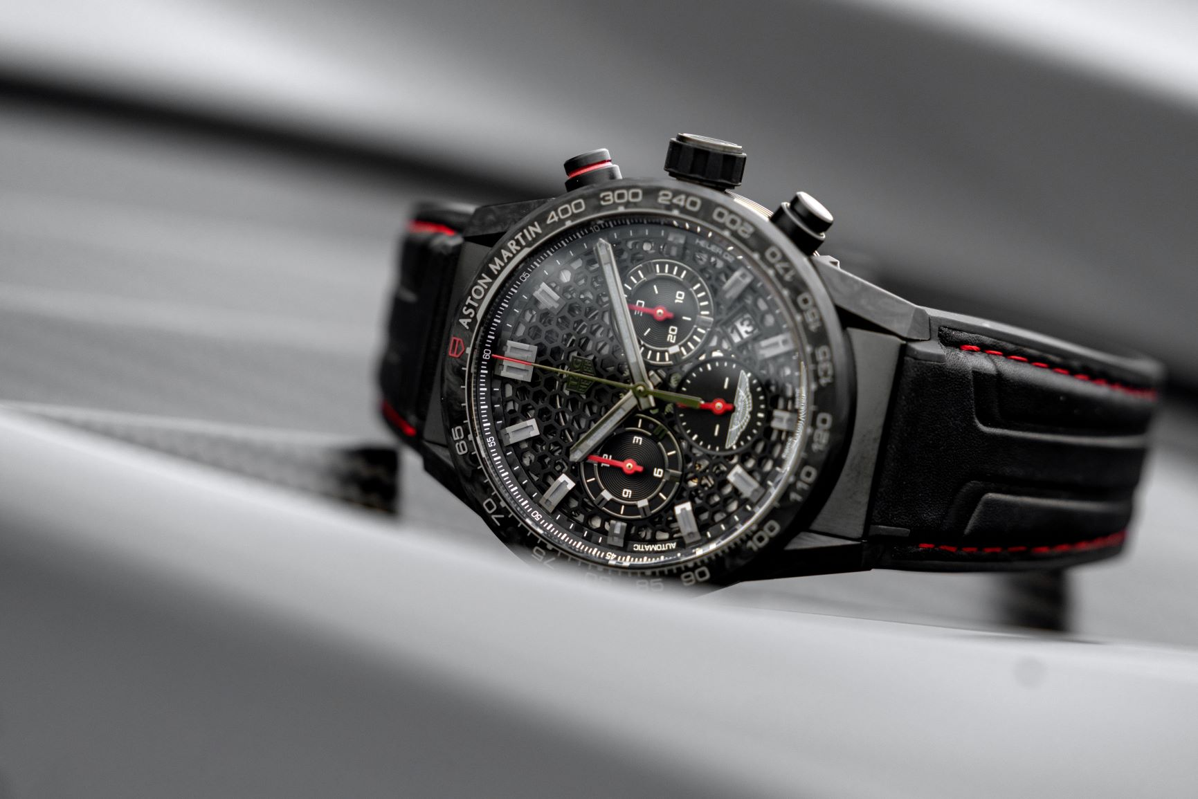 DBS-Edition-Carrera-Heuer-02_Lifestyle