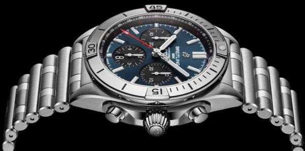 Breitling Chronomat B01 42mm Chronograph 2020 Rouleaux Bracelet Novelty aBlogtoWatch 3