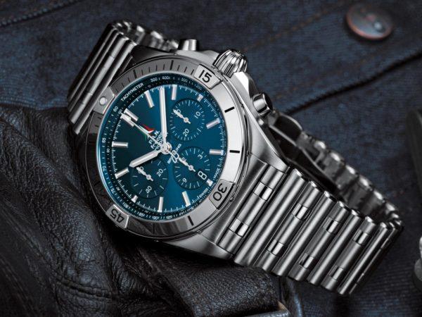 Breitling Chronomat B01 42mm Chronograph 2020 Rouleaux Bracelet Novelty aBlogtoWatch 8
