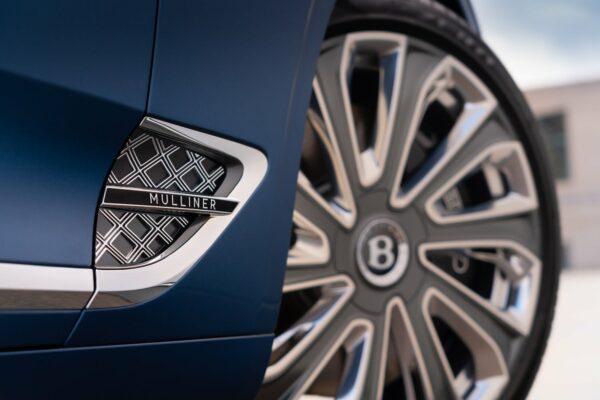 Continental GT Mulliner Convertible 10 min