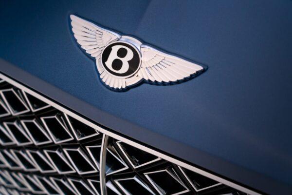 Continental GT Mulliner Convertible 11 min