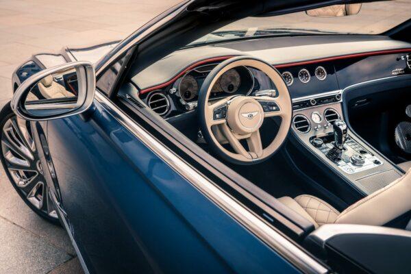 Continental GT Mulliner Convertible 4 min