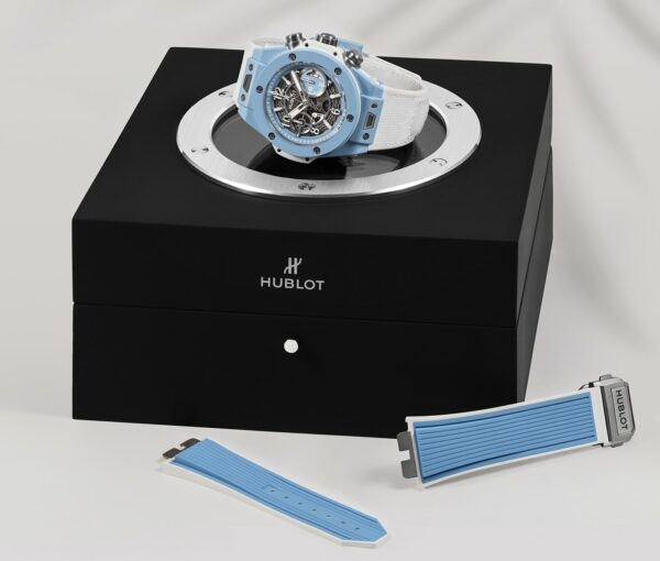 Hublot Big Bang Unico 45 Sky Blue 4 min