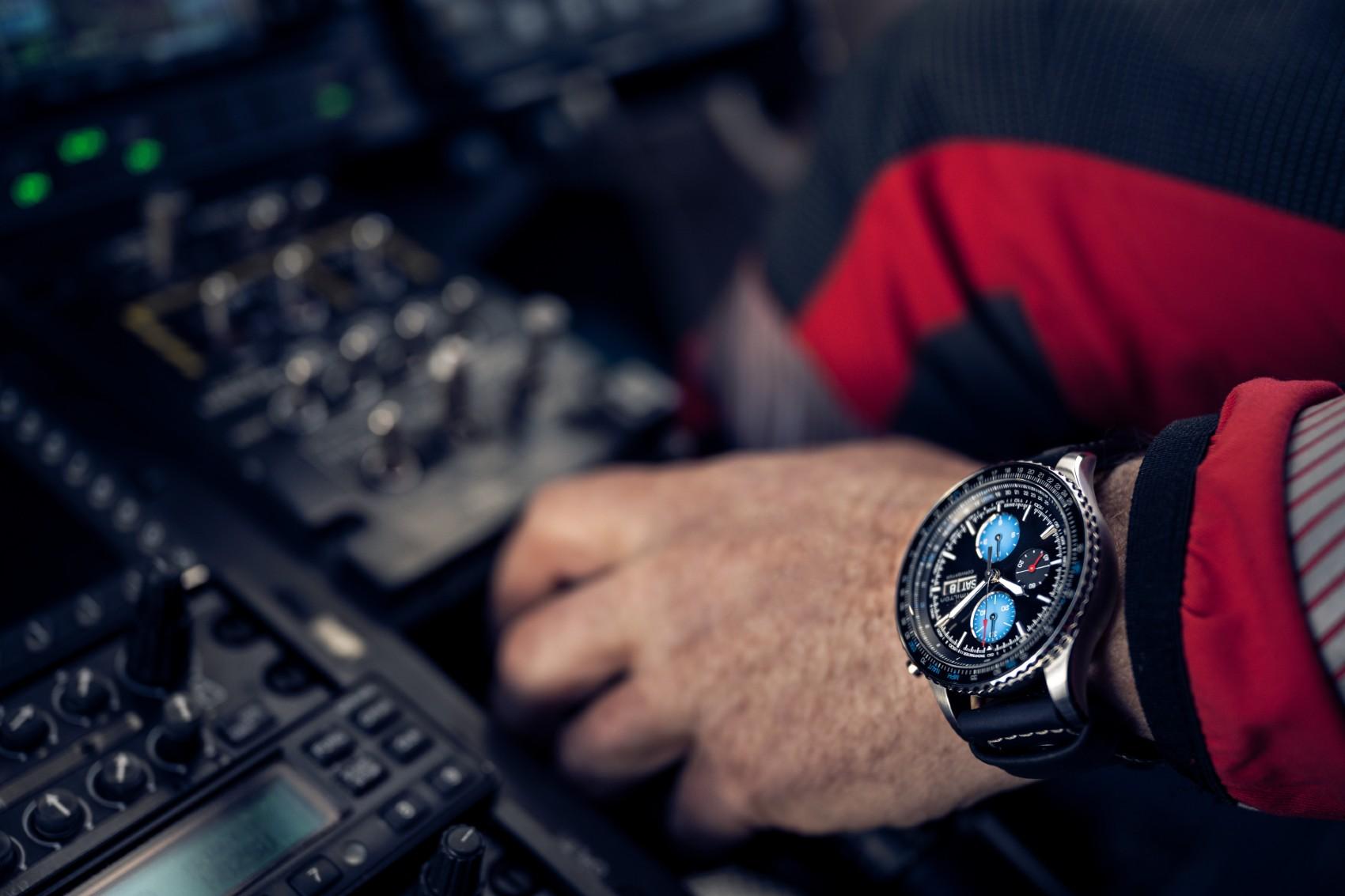 Khaki Aviation Converter Auto Chrono Air Zermatt Edition H76706730 Lifestyle 2 10925