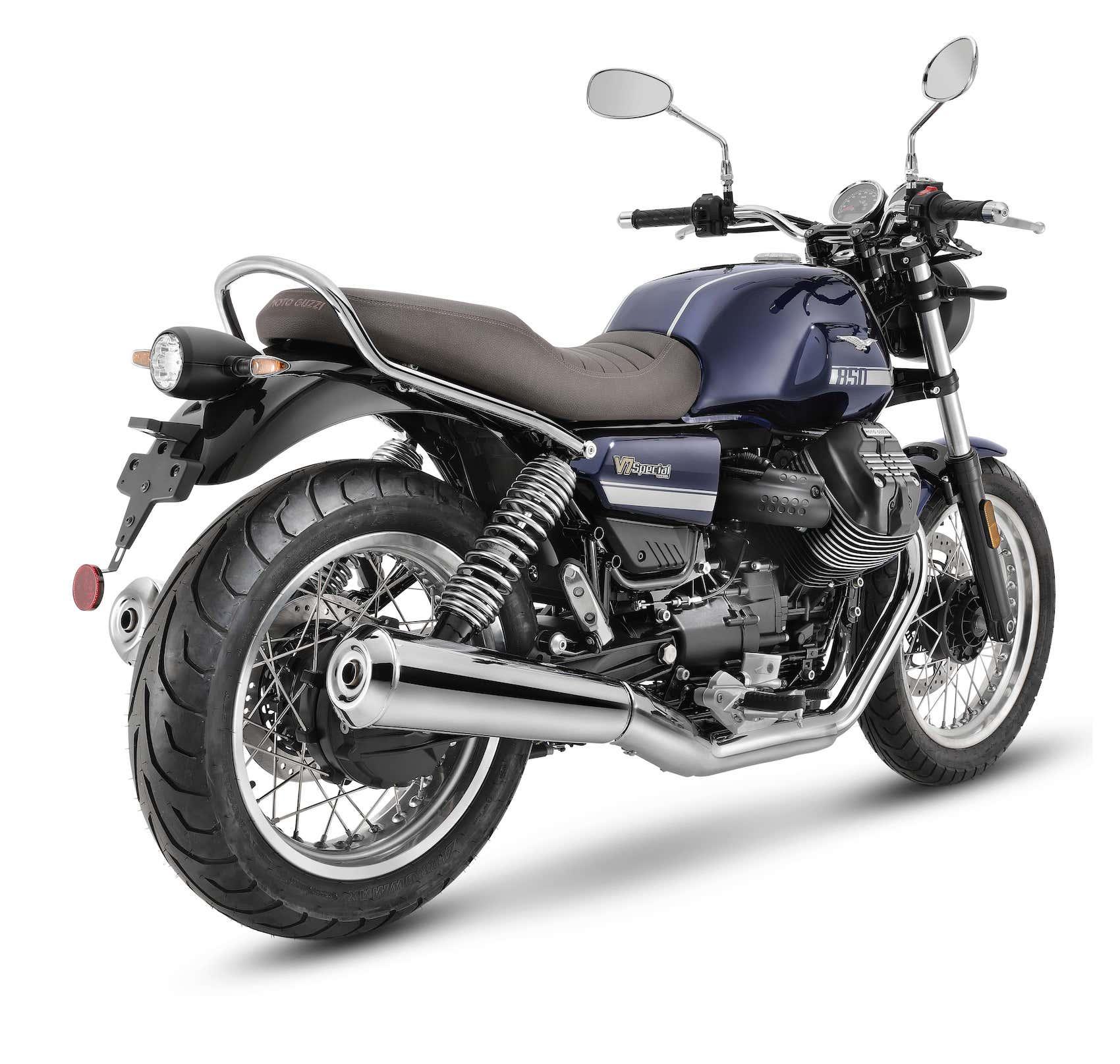 Moto Guzzi V7 Special 2 min