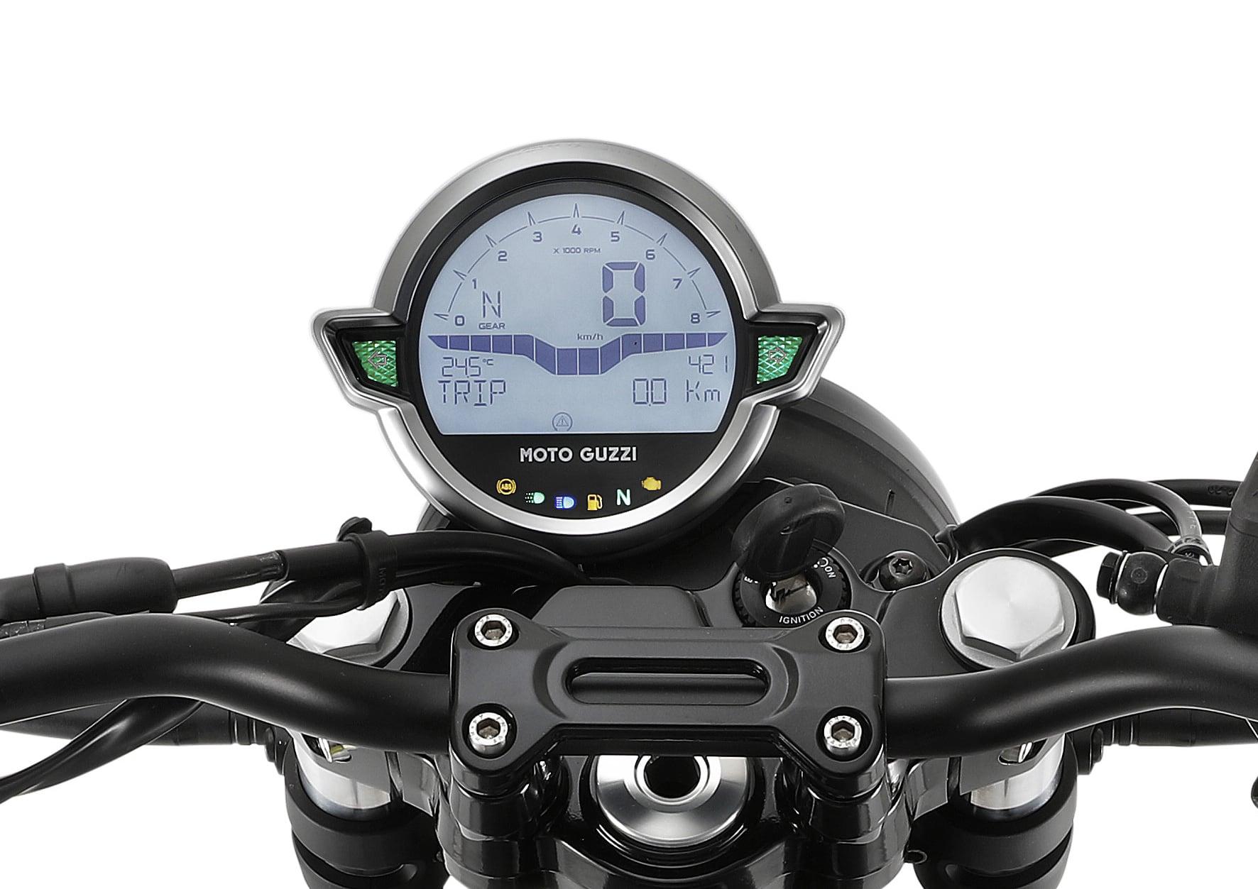 Moto Guzzi V7 Stone 11 min