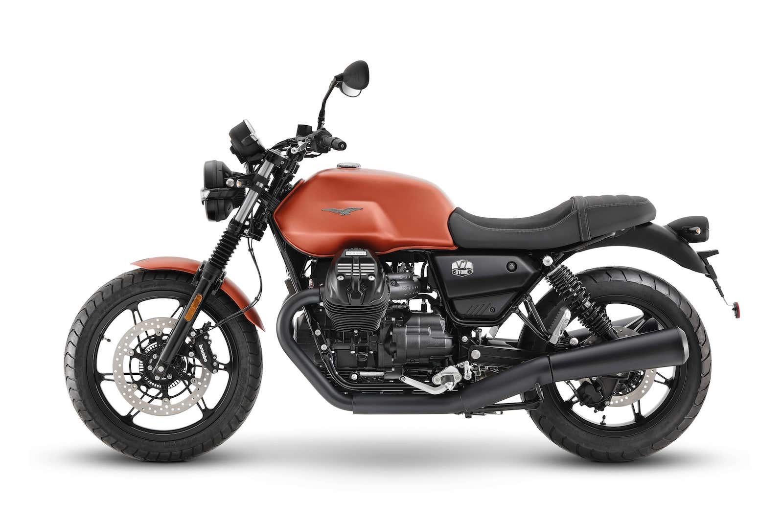 Moto Guzzi V7 Stone 5 min