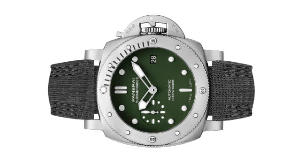 Officine Panerai Submersible Verde Militare PAM01055 black strap