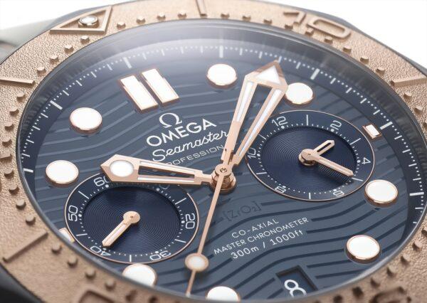 Omega Seamaster Diver 300M Chronograph Gold Titanium Tantalum 4 min