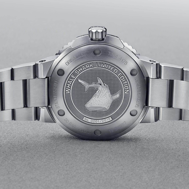 Oris Aquis GMT Date Whale Shark Limited Edition 01 798 7754 4175 Set 4 min