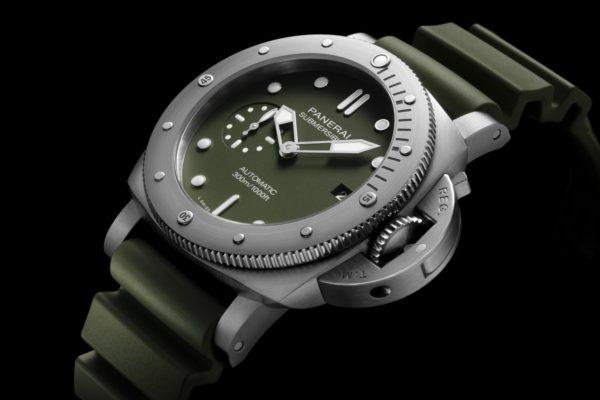 Panerai Submersible verde militare PAM01055