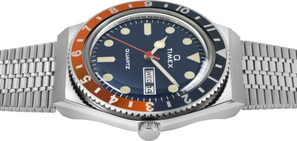 Q Timex Reissue 2020 Navy and Orange side view min
