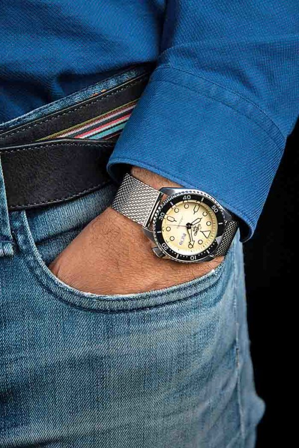 Seiko 5 Sports Suits Style SRPD67K1 na ruci