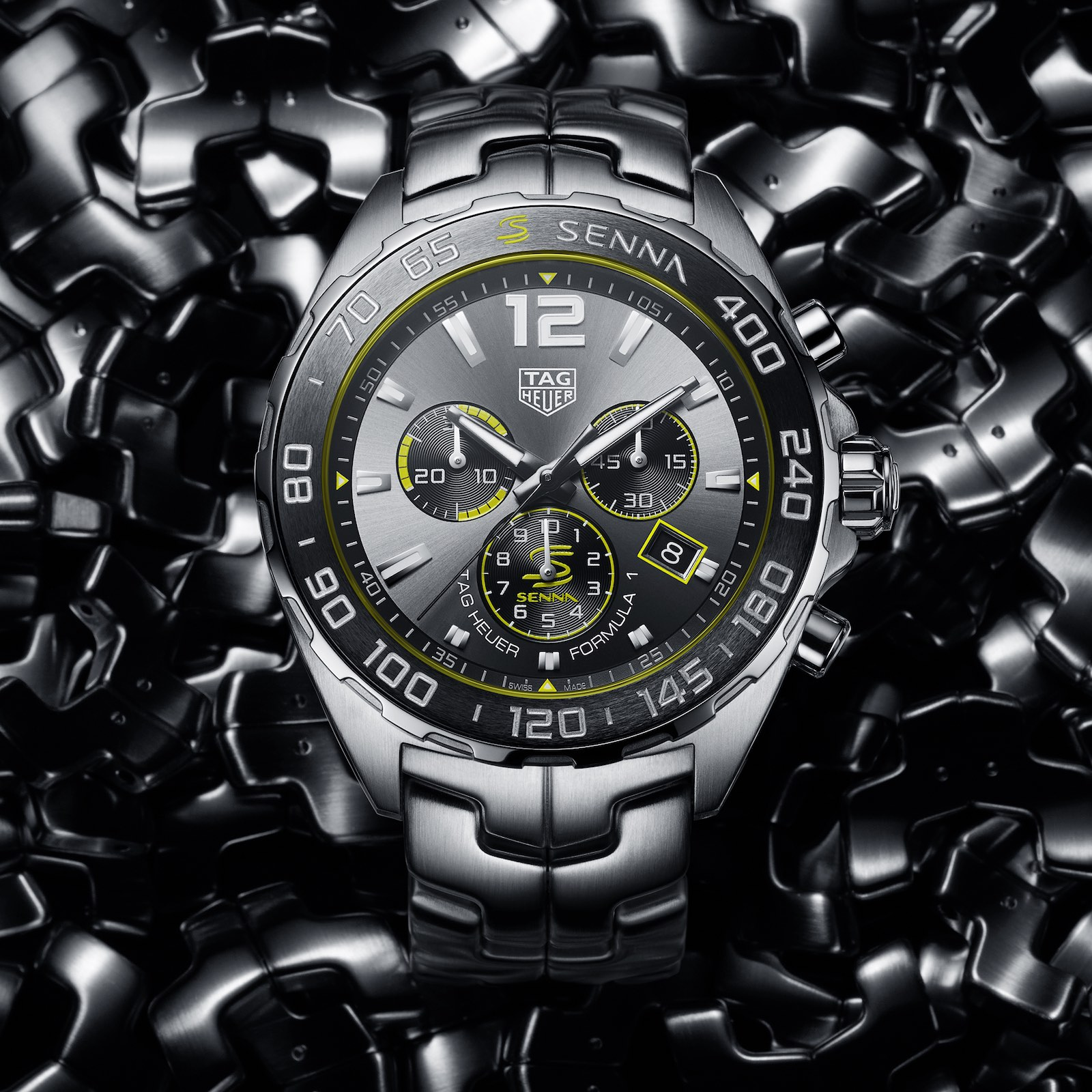 TAG Heuer Formula 1 Senna Special Edition 2020 quartz chronograph 1