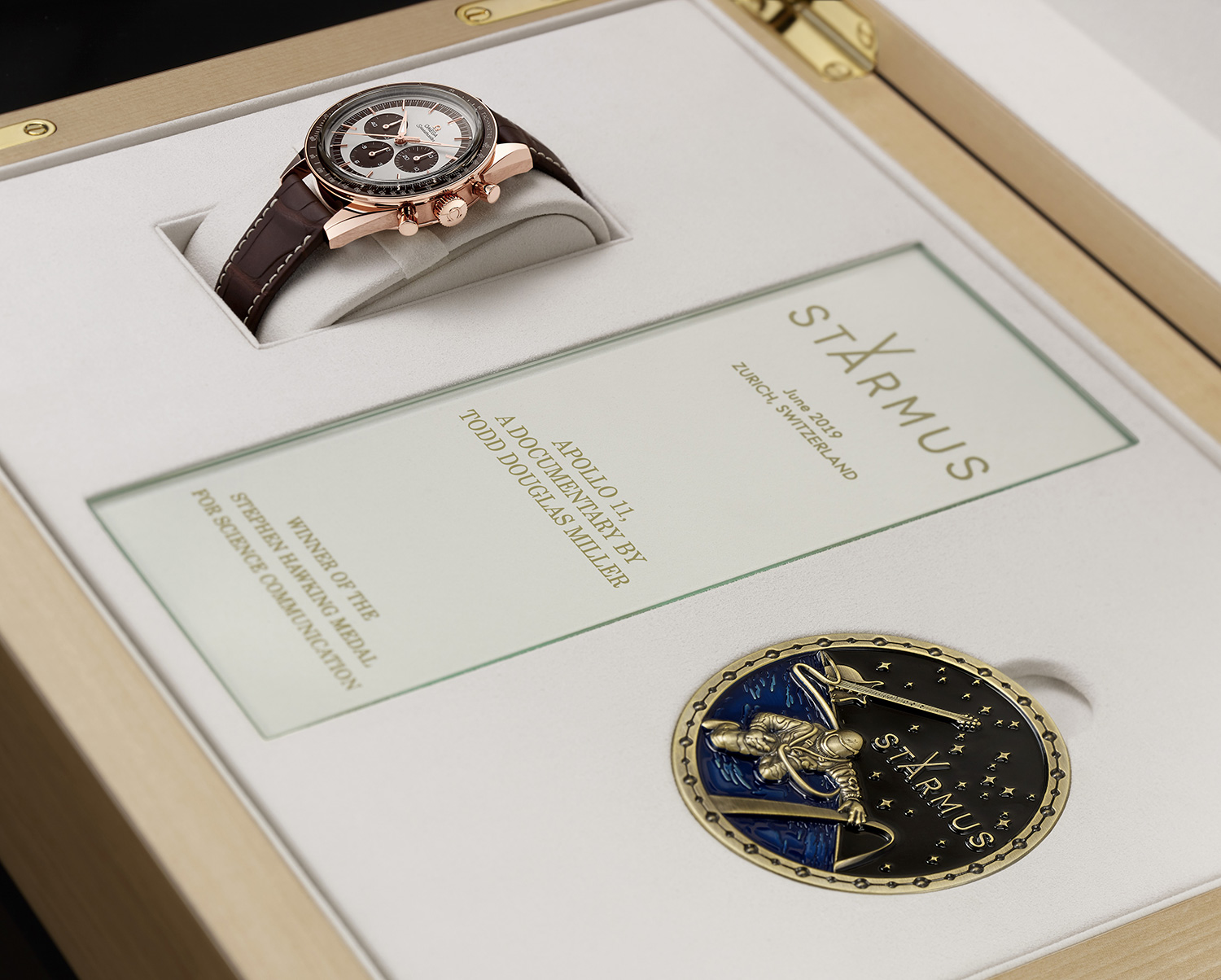 OMEGA awards the winners of the Stephen Hawking Medal for Science Communication Speedmaster