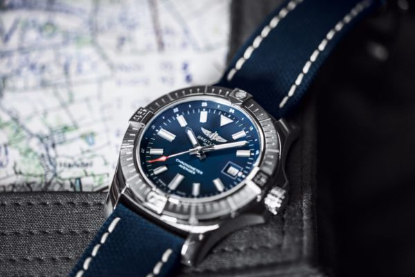 breitling avenger automatic 43 1