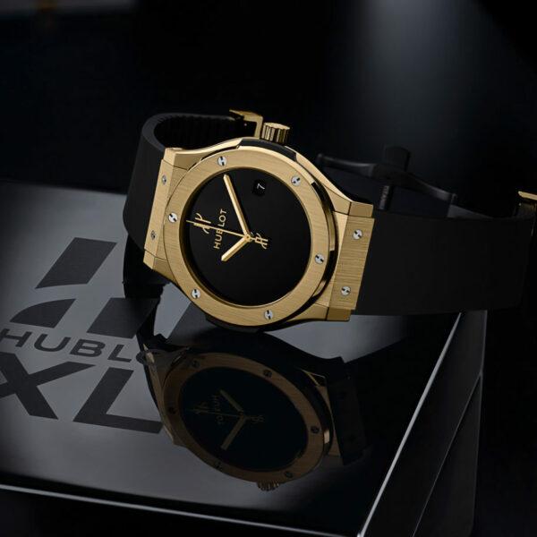 hublot 40th anniversary classic fusion xl gold