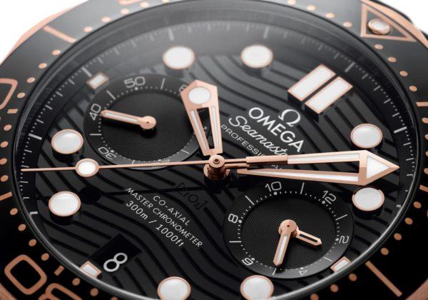 omega 210 22 44 51 01 001 close up jpg min