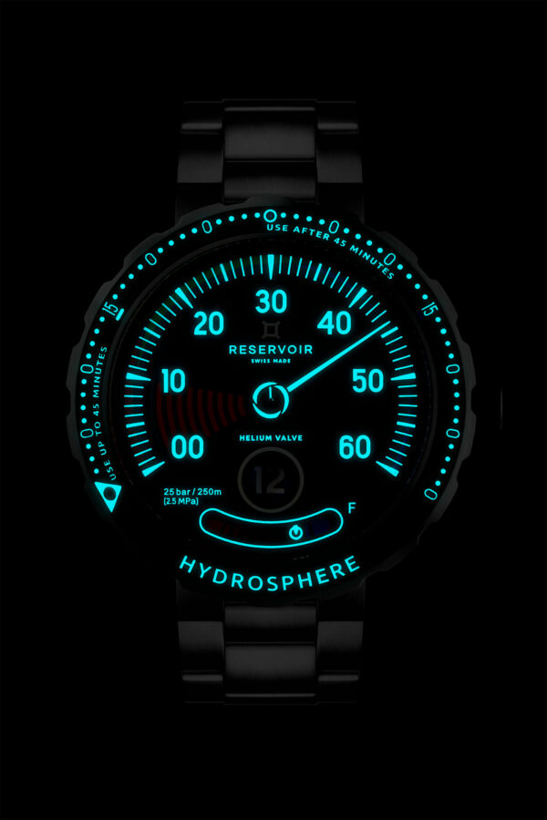 reservoir watch hydrosphere blue hole 1600x2400 face light
